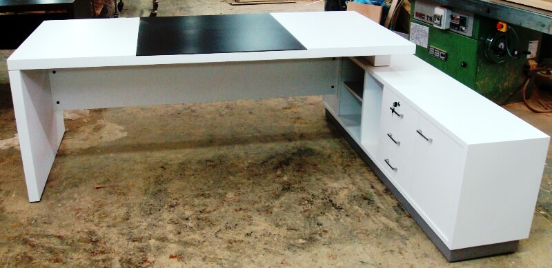 האופנה האופנתית שולחן מנהלים | שולחנות מנהלים | ריהוט משרדי בר טל 03-6427567 JN-75
